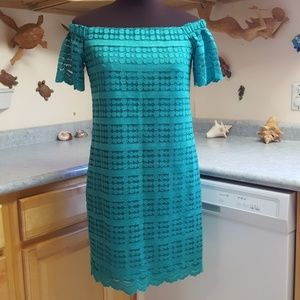 NWT Trina Turk Lace Off Shoulder Shift Dress  XS